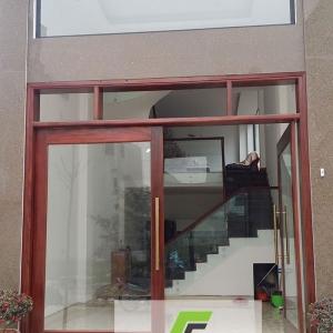 Công trình Cửa kính, Mái kính cường lực, Cầu thang kính, Kính ốp bếp, Vách tắm kính nhà chị Hằng - khu giãn dân Mậu Lương