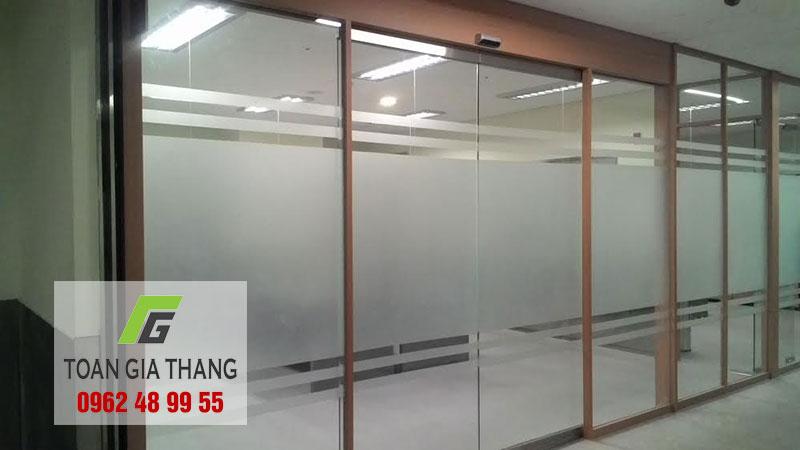 cua-tu-dong-woosung-han-quoc