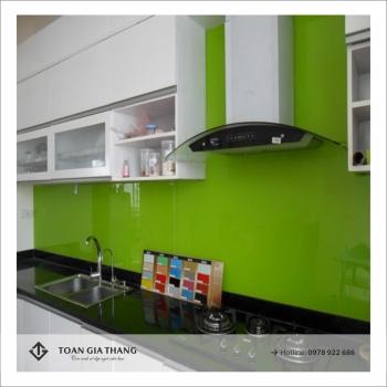Kính bếp mầu xanh cốm