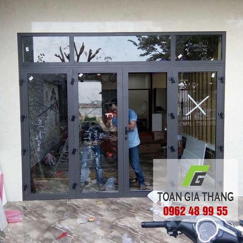 mau-cua-nhom-viet-phap-tgt-0962489955