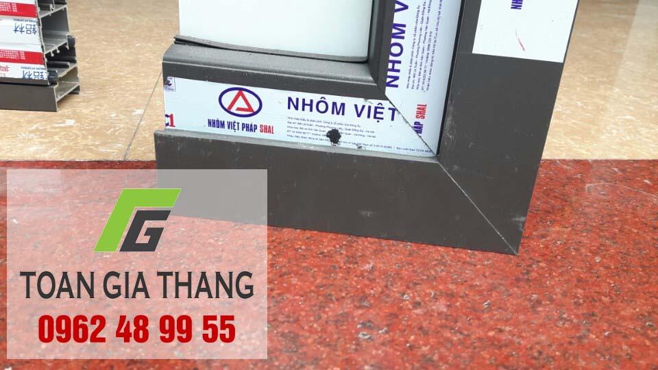 nhom-viet-phap-co-may-loai-dat-chuan